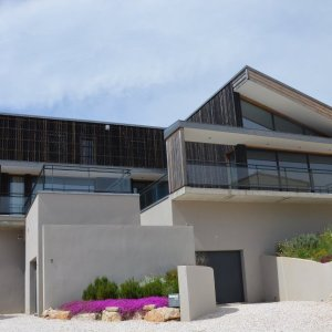 location-villa-vacances-aude-piscine-privee-pays-cathare.facadecarre1